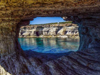 sea-caves-2169430_1920