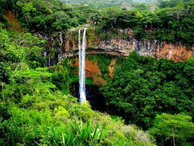 waterfall-5056207_1920